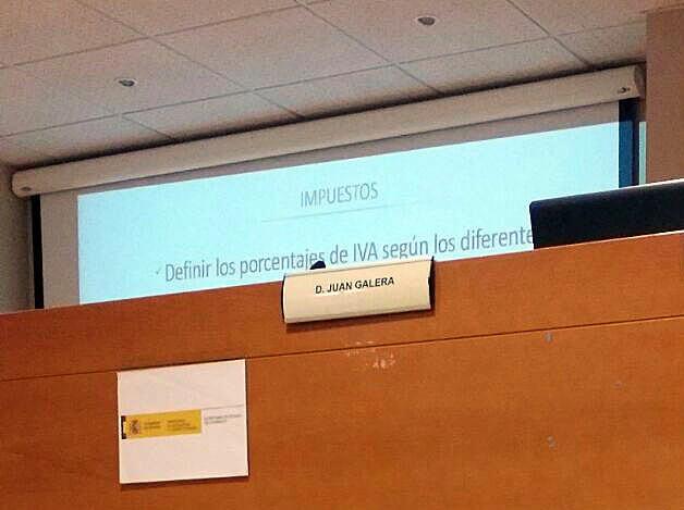 Cámara de Comercio Jerez de la Frontera conferencia Juan Galera escenario