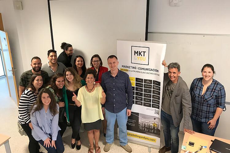 Máster marketing digital Universidad de Cádiz seminario Juan Galera alumnos