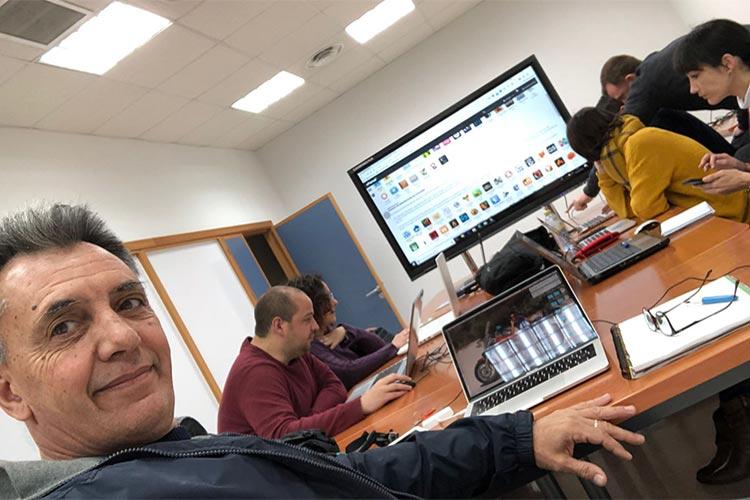 Universidad de Cádiz curso de WordPress y redes sociales Juan José Mier-Terán