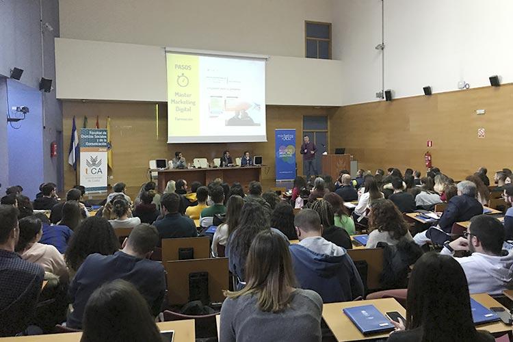 Presentación Asociación Marketing en Cádiz formación profesional
