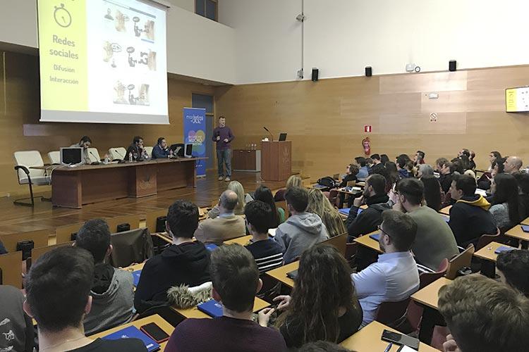 Presentación Asociación Marketing en Cádiz redes sociales