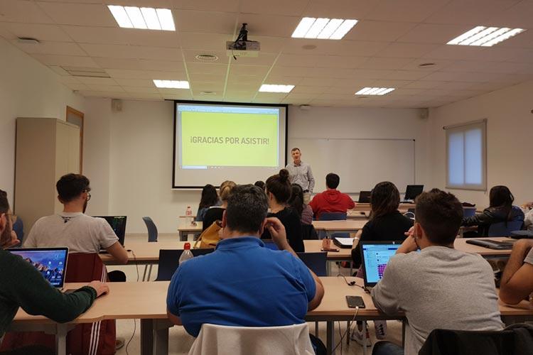 Marketing digital Máster UCA seminario planificación estratégica final presentación