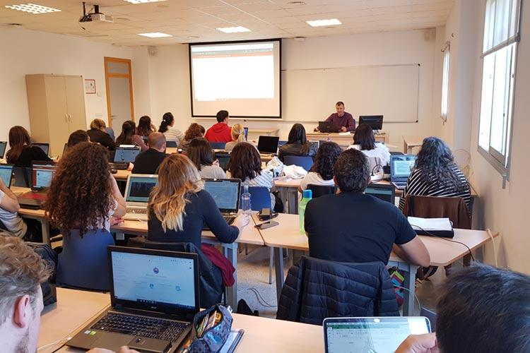 Seminario planificación estratégica Máster marketing digital UCA gestión campaña publicidad online SEM