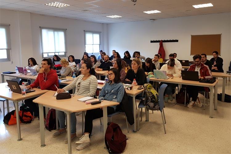 Marketing digital Máster UCA seminario planificación estratégica plano general alumnos