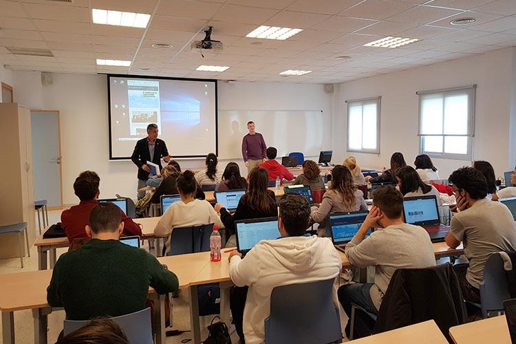 Seminario planificación estratégica Máster marketing digital UCA presentación director