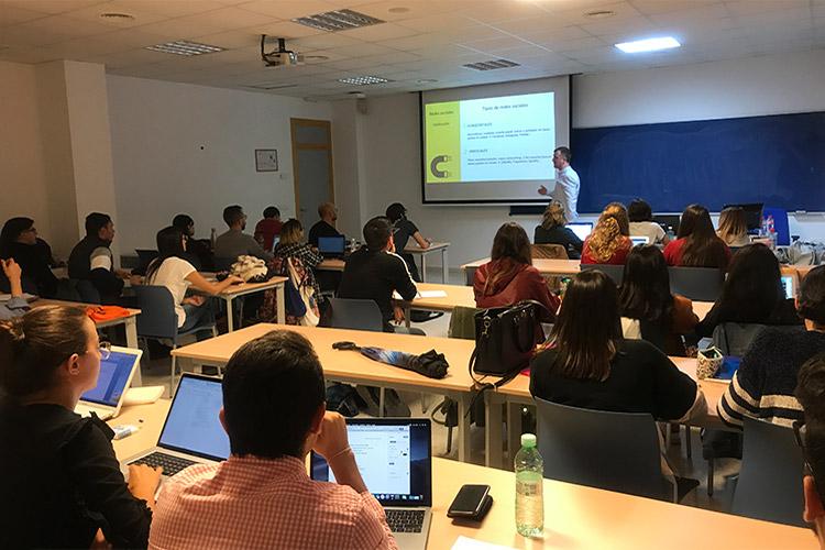 Taller de estrategia para proyectos digitales UCA clasificación de las redes sociales