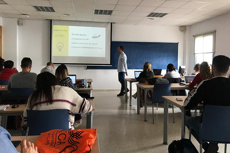Taller de estrategia para proyectos digitales UCA Test del algodón introducción
