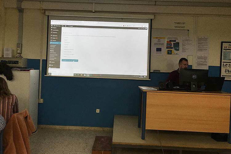 Curso diseño web y ecommerce Instituto Andrés Benítez aplicación código