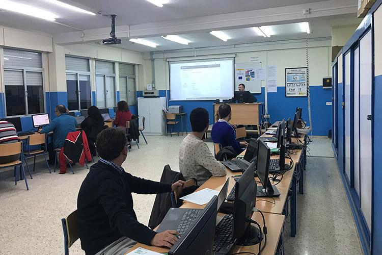 Curso diseño web y ecommerce Instituto Andrés Benítez creación base de datos