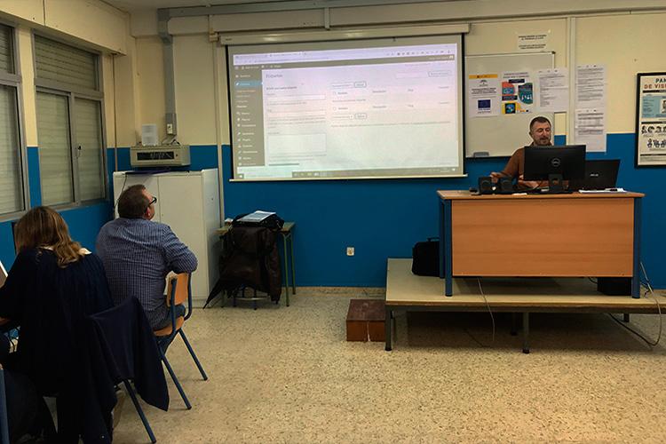 Curso diseño web y ecommerce Instituto Andrés Benítez creación categorías blog