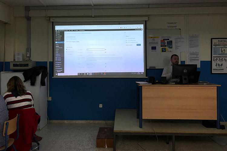 Curso diseño web y ecommerce Instituto Andrés Benítez creación cupones de descuento