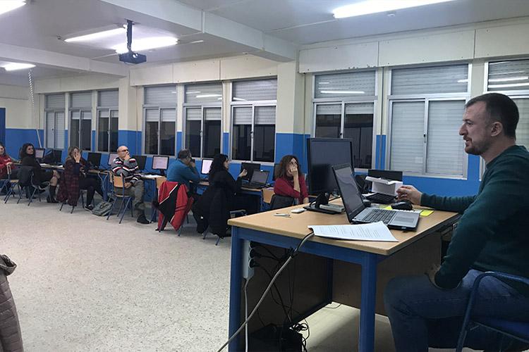 Curso diseño web y ecommerce Instituto Andrés Benítez explicación ejercicio práctico