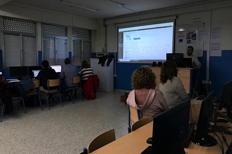 Curso diseño web y ecommerce Instituto Andrés Benítez exportación de productos