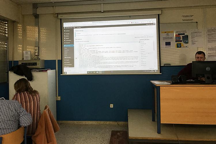 Curso diseño web y ecommerce Instituto Andrés Benítez nociones código Html y CSS