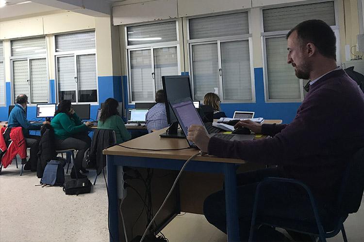 Curso diseño web y ecommerce Instituto Andrés Benítez parte Divi editor de roles