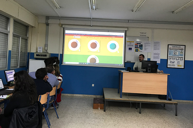 Curso diseño web y ecommerce Instituto Andrés Benítez parte Divi márgenes y rellenos