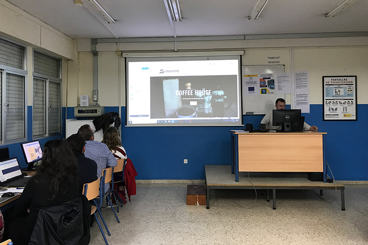 Curso diseño web y ecommerce Instituto Andrés Benítez parte Divi resultado diseño página web