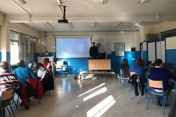 Curso diseño web y ecommerce Instituto Andrés Benítez presentación docentes