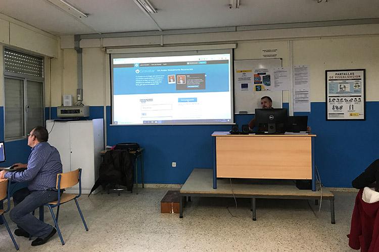 Curso diseño web y ecommerce Instituto Andrés Benítez registro Gravatar