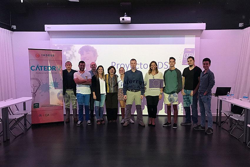 Curso modelos de negocios digitales Proyecto ADSA docente y asistentes slider