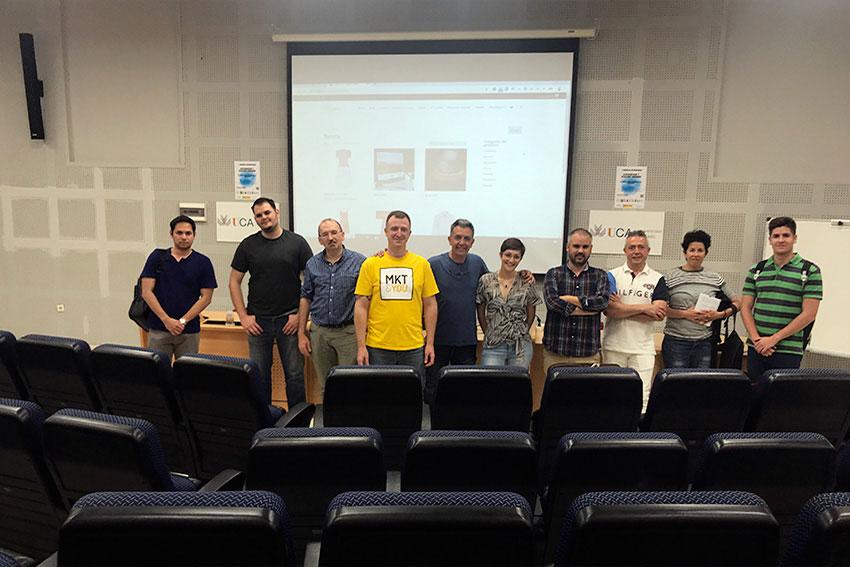 Meetup oficial WordPress Cádiz docente y asistentes slider