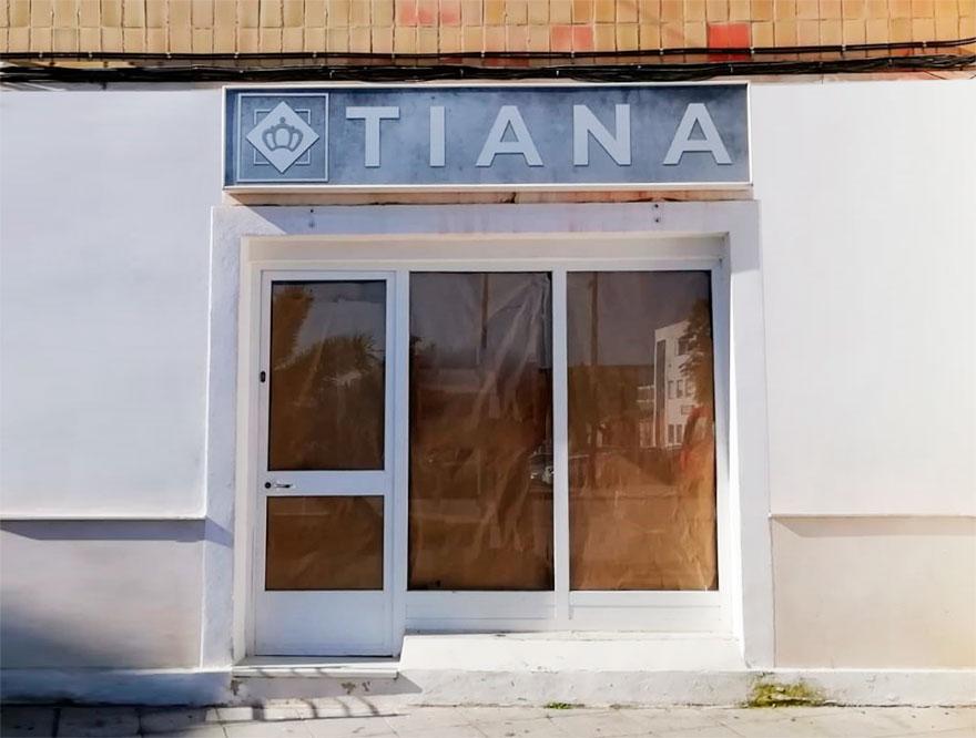 Rótulo Tiana
