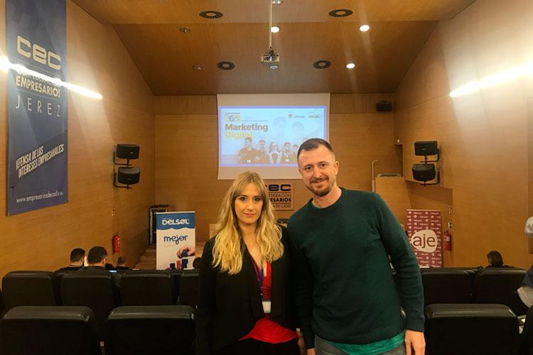 Jornadas 360 Encuentros Profesionales Marketing Digital Cádiz inicio evento Juan Galera y Cynthia López