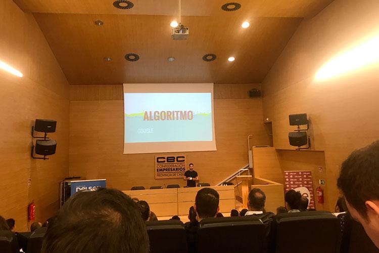 Jornadas 360 Encuentros Profesionales Marketing Digital Cádiz ponencia Álvaro Sáez algoritmo Google