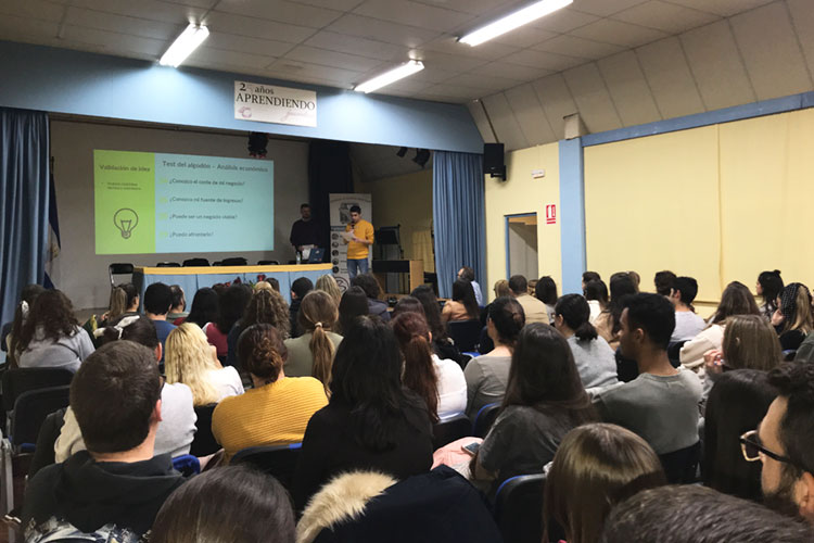 Taller planificación estratégica negocios online Instituto Andrés Benítez Jerez análisis viabilidad idea preguntas test
