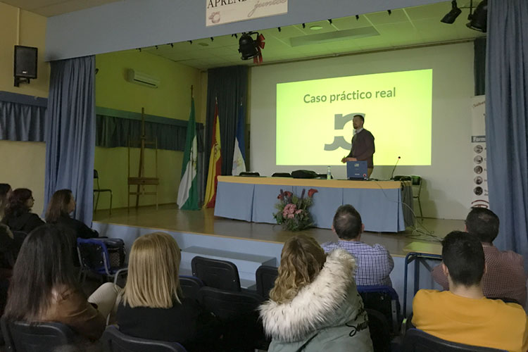 Taller planificación estratégica negocios online Instituto Andrés Benítez Jerez caso práctico
