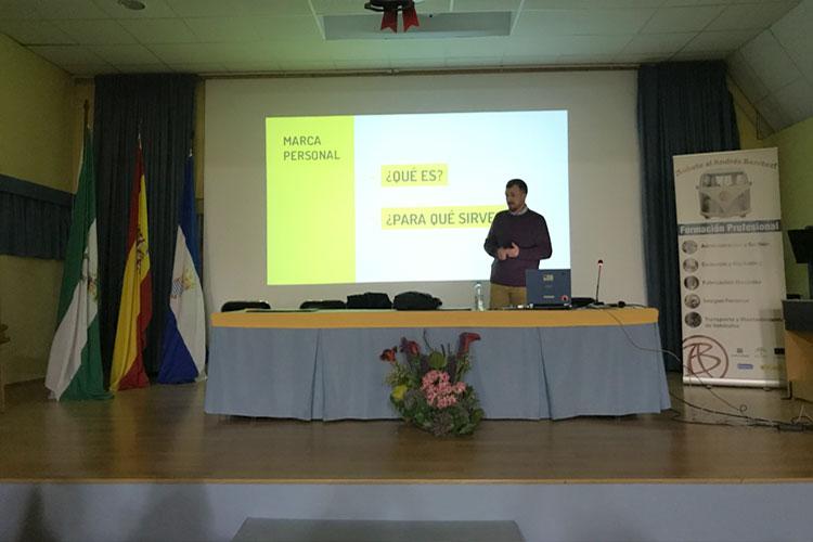 Taller planificación estratégica negocios online Instituto Andrés Benítez Jerez exposición marca personal
