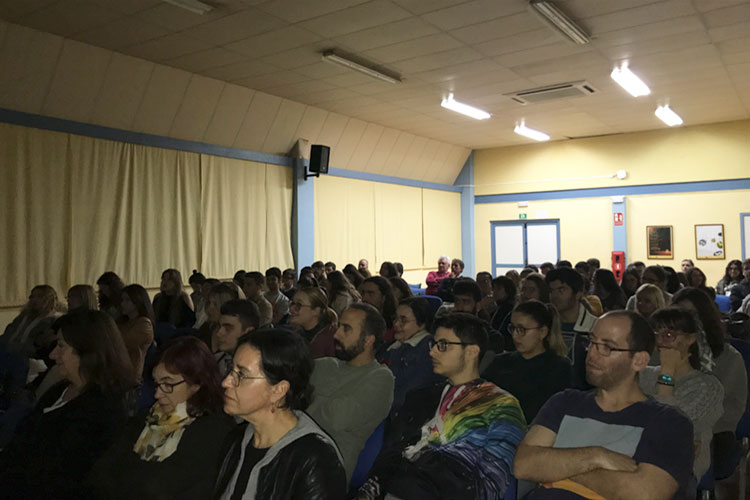 Taller planificación estratégica negocios online Instituto Andrés Benítez Jerez interacción con asistentes