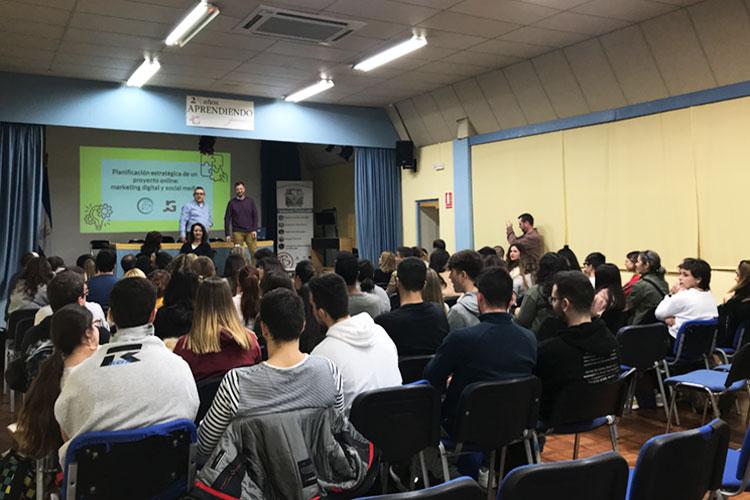 Taller planificación estratégica negocios online Instituto Andrés Benítez Jerez vista frontal asistentes